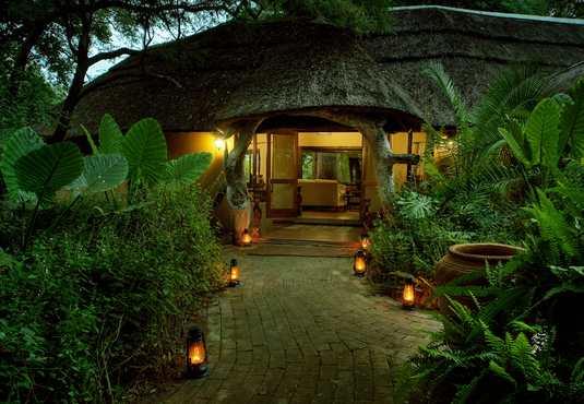Royal Tree Lodge, Botswana