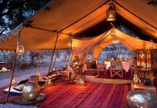 Selinda Explorers Camp